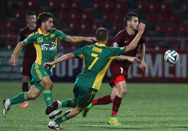 Игровой момент матча Мордовия - Кубань