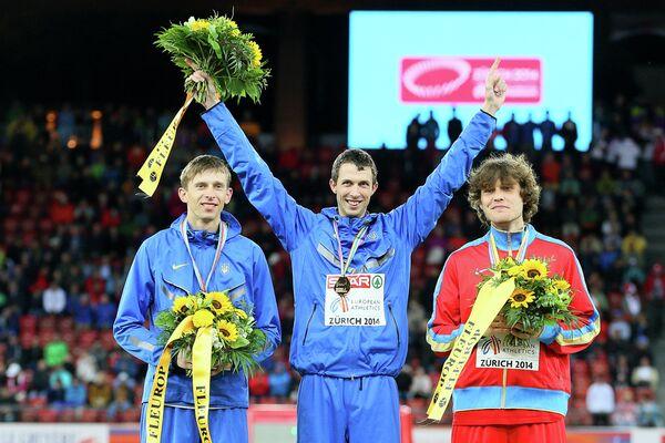 Слева направо: Андрей Проценко (Украина), Богдан Бондаренко (Украина) и Иван Ухов (Россия)