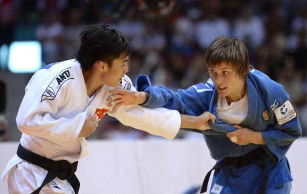 Ма Иньнань (Китай) и Наталья Кузютина (Россия)