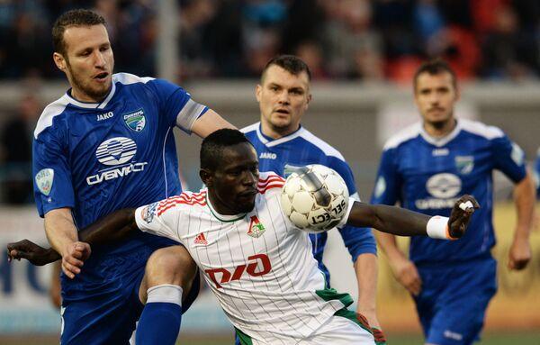 Игровой момент матча Сибирь - Локомотив