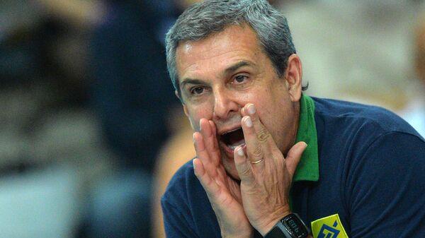 Главный тренер женской сборной Бразилии по волейболу Жозе Роберто Гимараеш