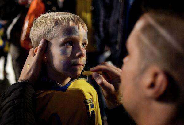 Юный болельщик сборной Швеции