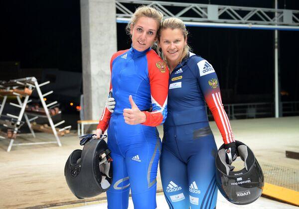 Юлия Шокшуева и Анастасия Тамбовцева (справа)