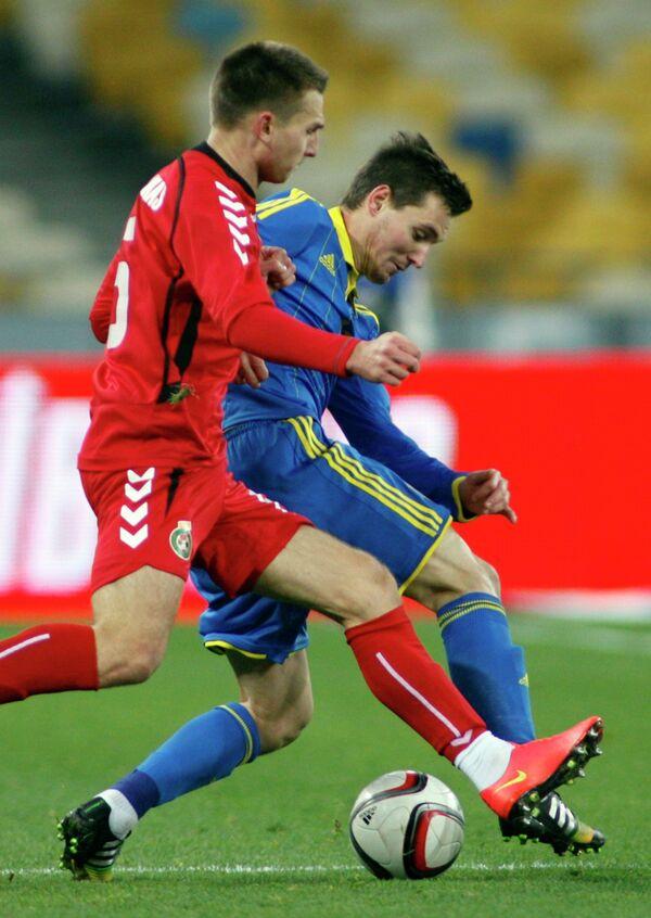 Игровой момент матча сборных Украины и Литвы