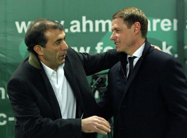 Главный тренер Терека Рашид Рахимов (слева) и главный тренер Краснодара Олег Кононов.