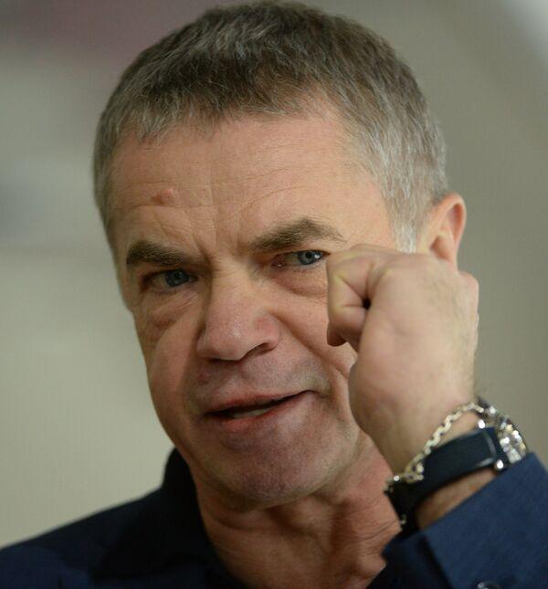 Александр Медведев
