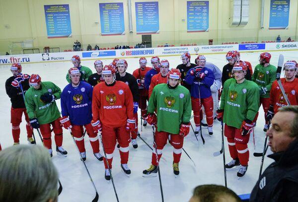 Хоккеисты сборной России во время тренировки сборной на УТЦ Новогорск