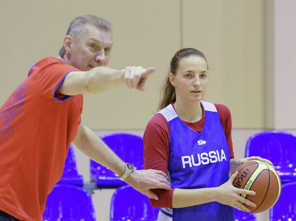 Анатолий Мышкин и Ольга Новикова