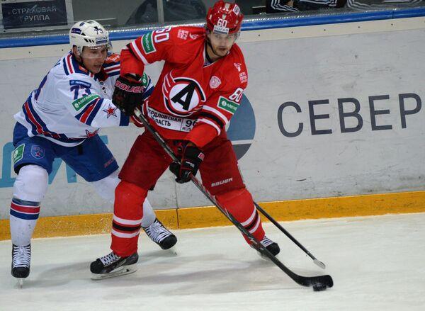 Максим Чудинов (слева) и Артем Гареев