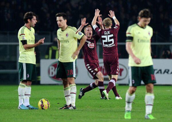 Футболисты Торино и Милана