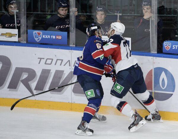 Игровой момент матча СКА - Слован