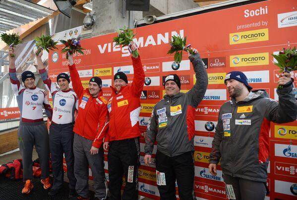 Оскар Мелбардис и Даумантс Дрейшкенс (Латвия) - 2-е место, Рико Петер и Симон Фридли (Швейцария) - 1-е место, Беат Хефти и Алекс Бауман (Швейцария) - 3-е место