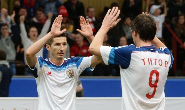Игроки команды России Евгений Алдонин (слева) и Егор Титов