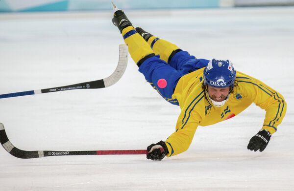 Бендист сборной Швеции Даниэль Моссберг