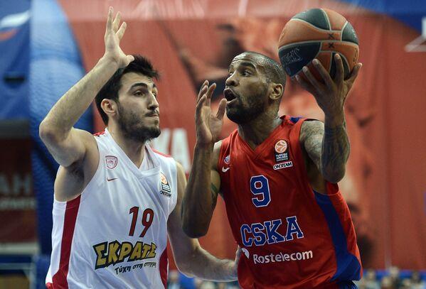 Аарон Джексон (справа) и Димитриос Кацивелис