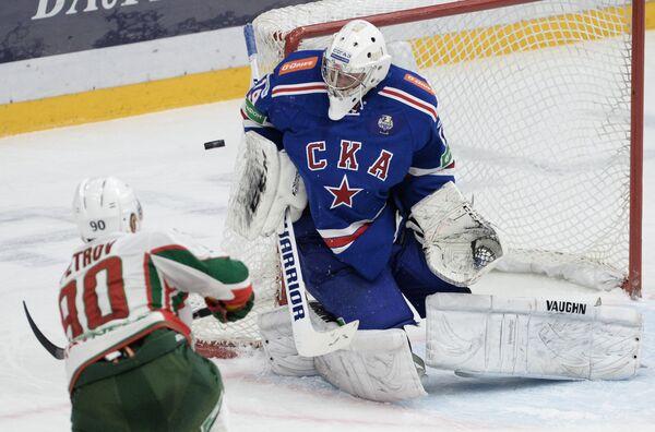 Кирилл Петров (слева) и Микко Коскинен