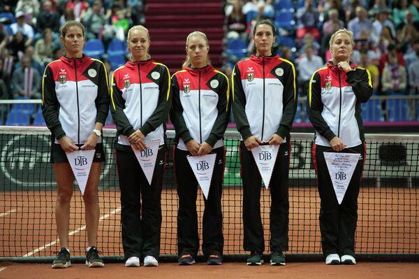Сборная Германии по теннису перед началом полуфинального матча Кубка Федерации