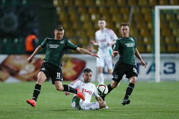 Игровой момент матча Краснодар - Локомотив
