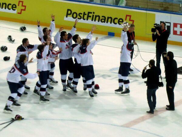 Юниорская сборная США по хоккею (игроки не старше 18 лет)
