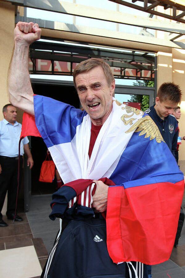 Тренер вратарей юношеской сборной России Сергей Бабурин