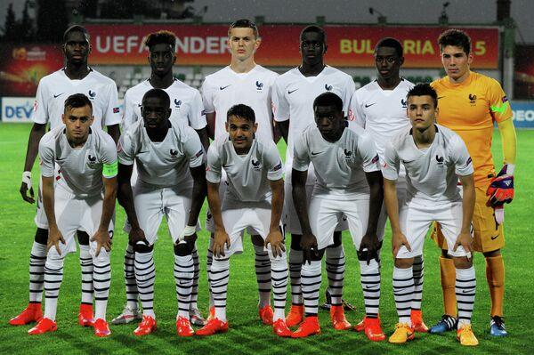 Футболисты юношеской сборной Франции