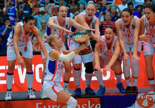 Баскетболистки сборной Сербии