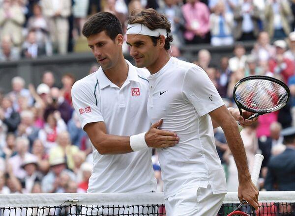 Новак Джокович и Роджер Федерер (слева направо)