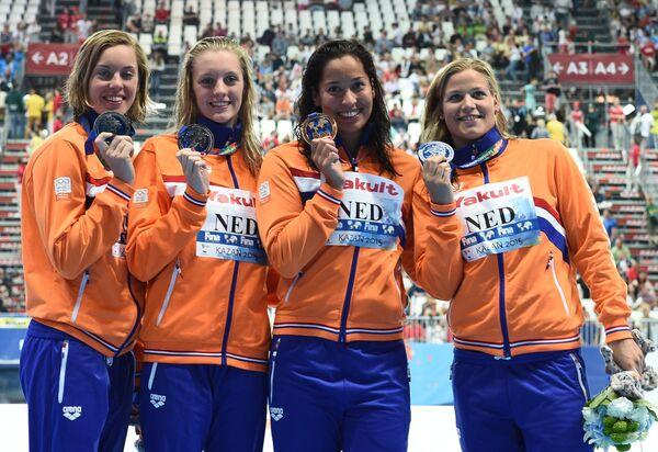 Пловчихи сборной Нидерландов