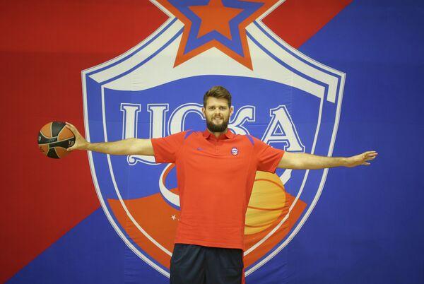 Игрок профессионального баскетбольного клуба ЦСКА Джоэл Фрилэнд