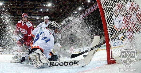 Игровой момент матча Спартак - Северсталь