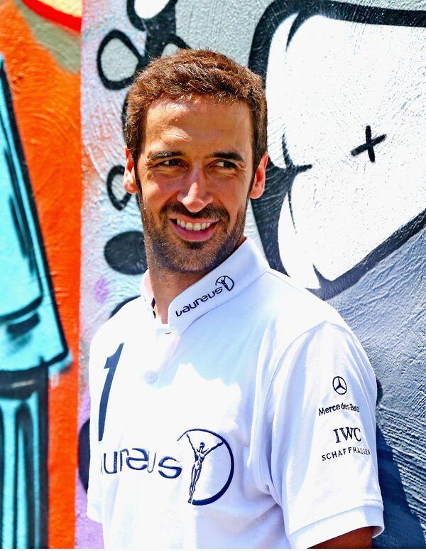 Экс-нападающий мадридского «Реала» и сборной Испании Рауль
