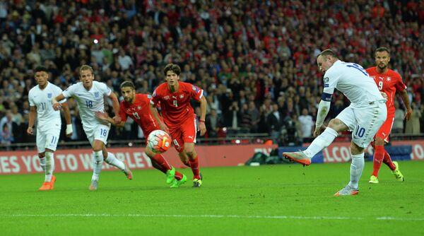 Уэйн Руни забивает свой 50-й мяч в составе сборной Англии по футболу