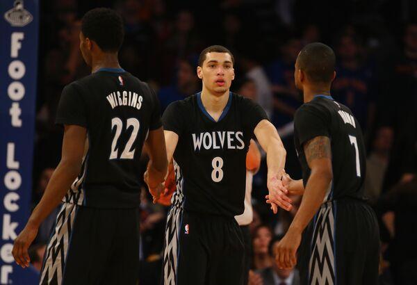Баскетболисты Миннесоты. В центре Зак Лавайн
