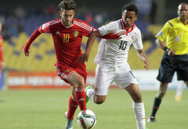 Игровой момент матча юношеского ЧМ по футболу между Бельгией и Коста-Рикой
