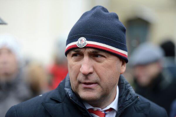Игорь Есмантович