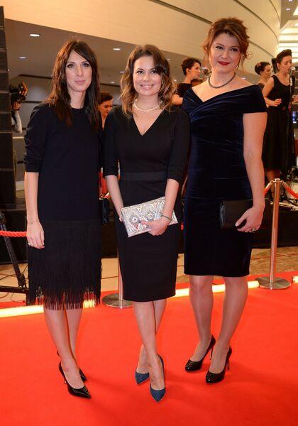 Анастасия Мыскина, Анастасия Осипова и Динара Сафина (слева направо)