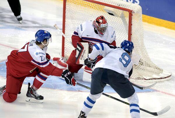 Игровой момент матча МЧМ Финляндия - Чехия