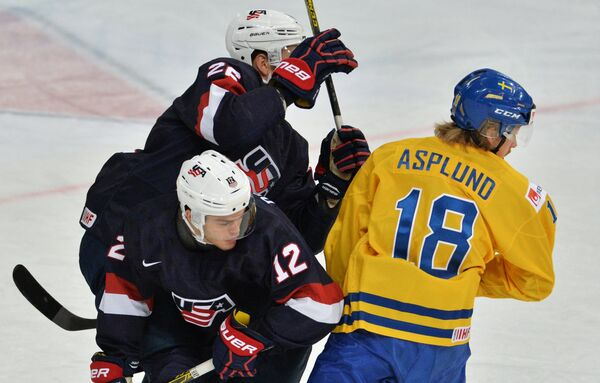 Игровой момент матча Швеция - США