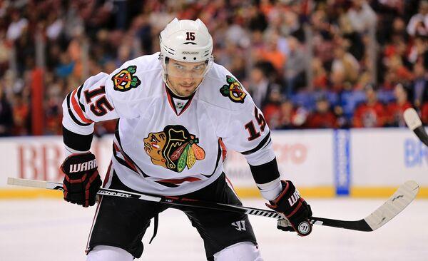 Форвард клуба НХЛ Чикаго Блэкхоукс Артем Анисимов