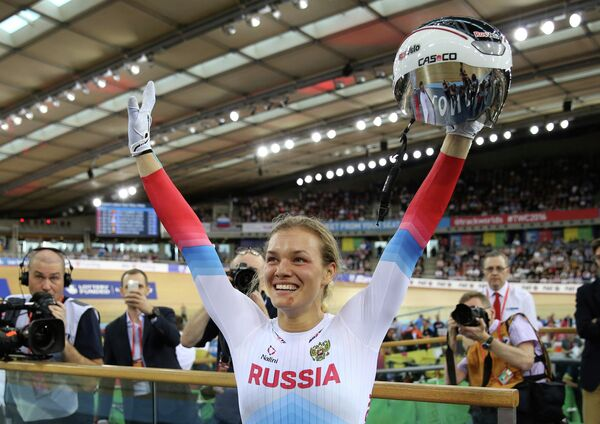 Анастасия Войнова после победы в гите на чемпионате мира по трековым велогонкам