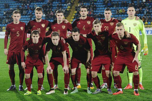 Футболисты молодежной сборной России