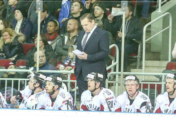 Главный тренер сборной Латвии по хоккею Леонид Береснев