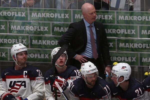 Главный тренер сборной США по хоккею Джон Хайнс