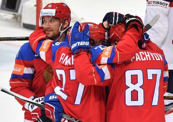Хоккеисты сборной России Александр Овечкин, Аретмий Панарин и Вадим Шипачев (слева направо)