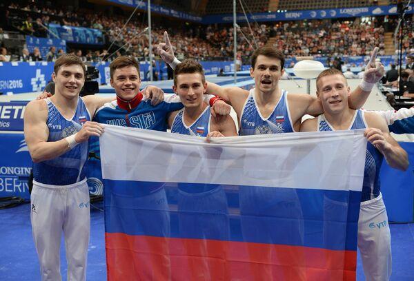 Российские гимнасты Никита Игнатьев, Никита Нагорный, Давид Белявский, Николай Куксенков и Денис Аблязин (слева направо)