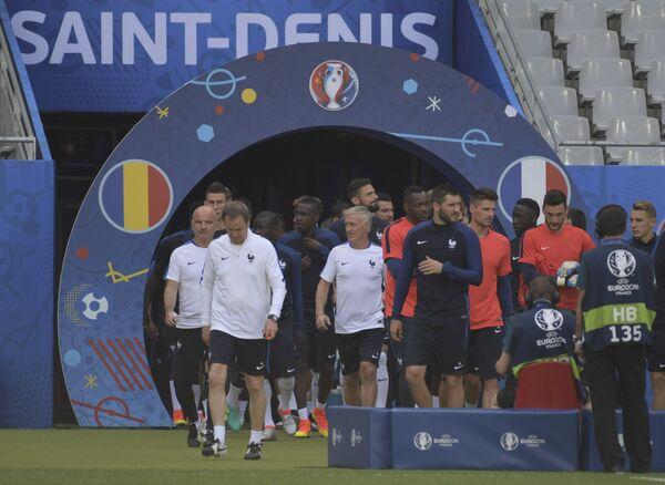 Игроки и тренеры сборной Франции по футболу