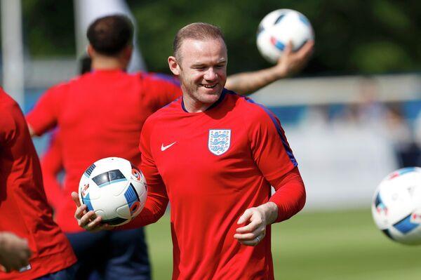 Нападающий сборной Англии по футболу Уэйн Руни