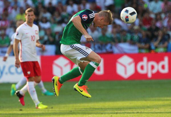 Полузащитник сборной Северной Ирландии Стивен Дэвис