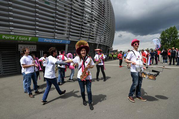 Музыканты перед матчем Россия - Словакия