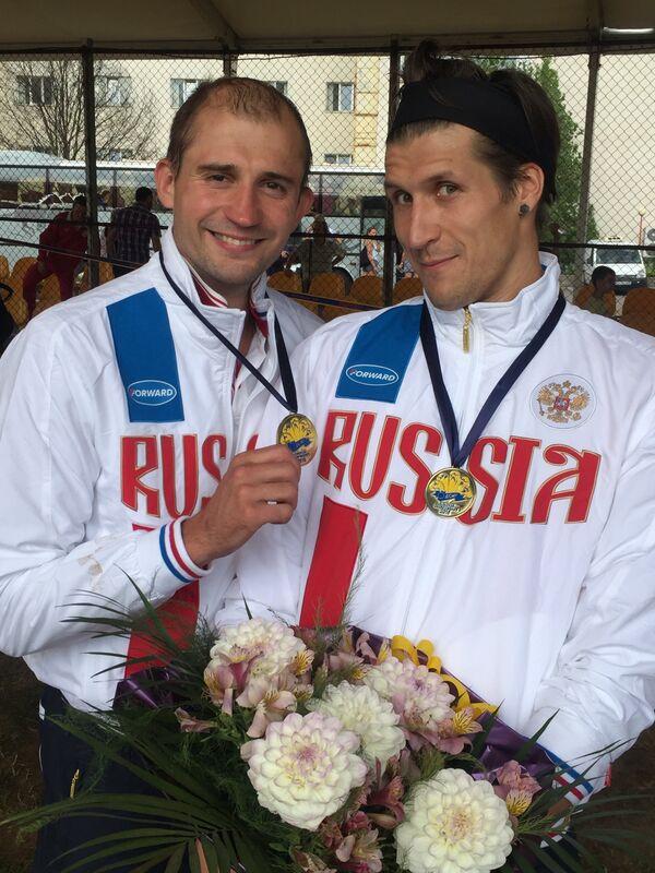 Александр Лесун и Александр Савкин (слева направо)